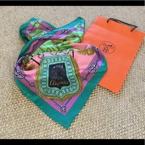 Hermes silk twill scarf size 36 inches square .